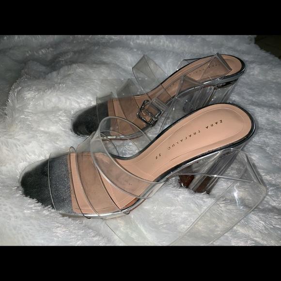a44d2313d55a High Heeled vinyl sandals (Zara). M 5bc7f5102beb79f9b0ae53a0